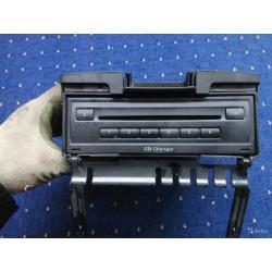 Блок CD чейнджер Audi Q7