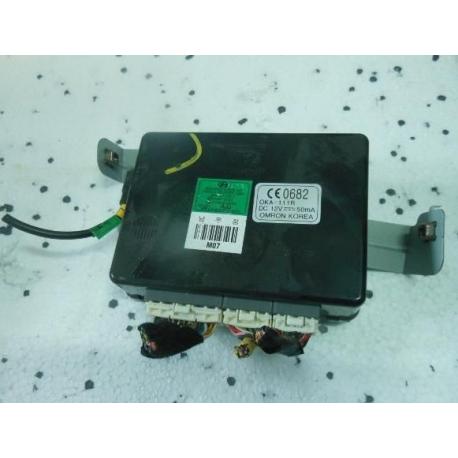 Блок управления световыми сигналами 2005-2010 Хундай tucson 954002E243 95400-2E243