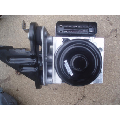 Гидроблок ABS Mercedes W221 W216 2214310848