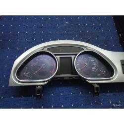 Панель приборов audi Q7 TDI 4L0920932J С рамкой