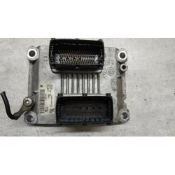 Блок управления opel combo C 0261208256 TB