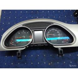 Панель приборов Audi Q7 4L0920931N
