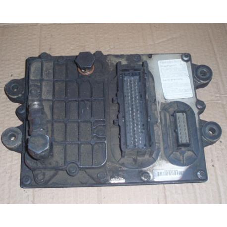 Блок управления двигателем  MERCEDES ACTROS ATEGO 0004460440 OM904LA.II  A9044461540